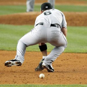 Dan Uggla makes another error in 2008 All Star Game at Yankee Stadium.